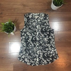 Banana Republic Black and White Sleeveless Top